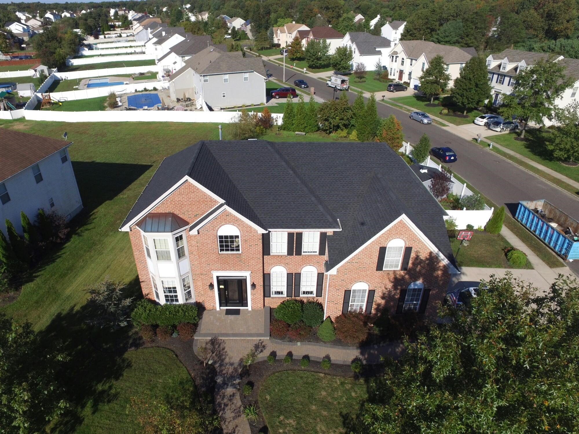 GAF Timberline HD Lifetime Roofing System With Charcoal Shingles